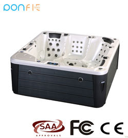 Freestanding Hydro Massage Spa Hot Tub 1600 L Water Volume With 122 PCS Jets
