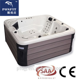 China Corner Location Freestanding Spa Tub 5 Person Capacity With Bluetooth Speakers factory