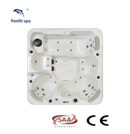 China 1300 L Hydro Massage Spa Hot Tub Center Drain Location With Freestanding Installation factory